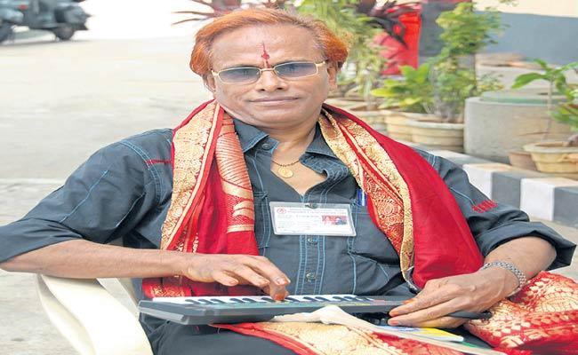 Lyricist vedavyas Passed Away - Sakshi