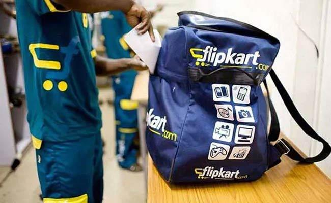 Mobiles Stolen From Flipkart Delivery Hub At Delhi Alipur - Sakshi