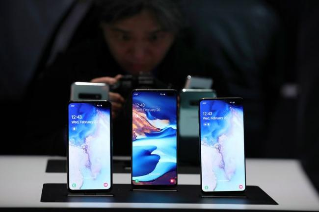 Samsung New Devices Launched - Sakshi