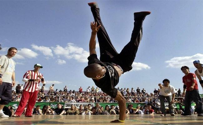 Break Dancing One Of Four Sports Proposed For 2024 Olympic Games - Sakshi