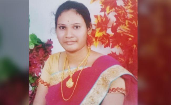 Man Killed Young Woman In Guntur Tenali - Sakshi