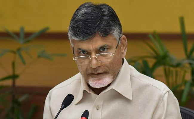 chandrababu-sakshi-media-adds-ap-govt-newspapers-s