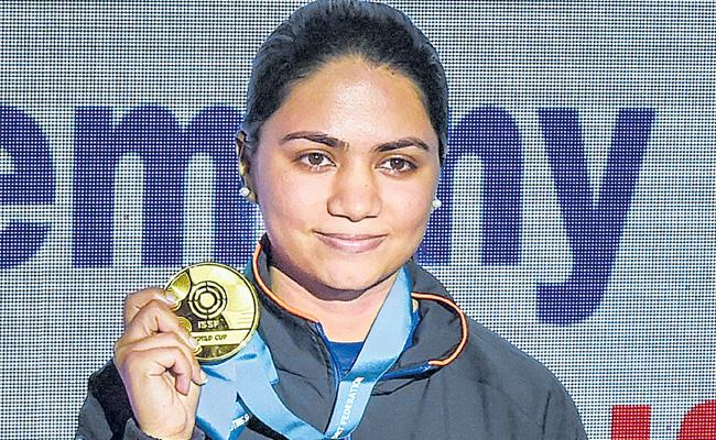 Apurvi Chandela wins gold at shooting World Cup - Sakshi