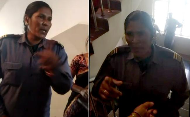Woman Attendant Rude Behavior In Gajwel Govt Hospital - Sakshi