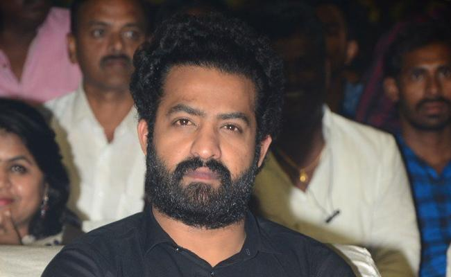 Jr Ntr Not Talking About NTR Mahanayakudu - Sakshi