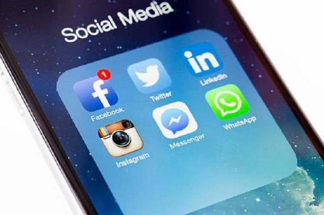 Parliamentary panel summons Facebook, WhatsApp, Instagram officials - Sakshi