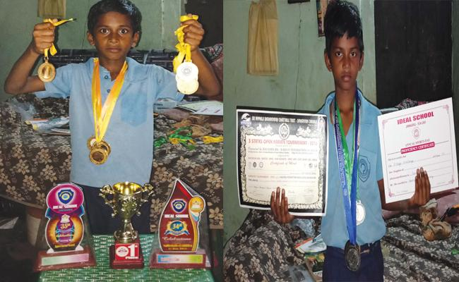 Brothers Tallent in Running And Karate - Sakshi