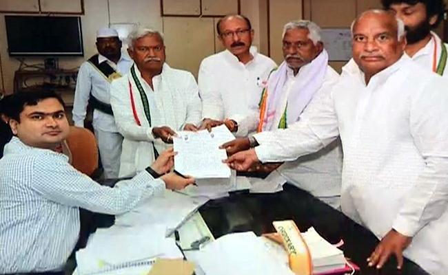 Congress Leaders Jeevan Reddy Gudur Narayana Reddy Will Contest For MLC - Sakshi