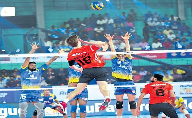 The Blue Spikeers in the Volleyball League are great success - Sakshi
