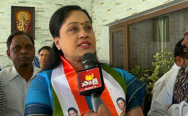 Vijayashanthi Criticize CM KCR - Sakshi