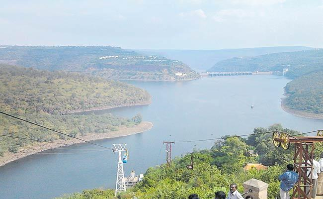 Telangana Government Decided To Build Check Dams On Godavari And Krishna - Sakshi