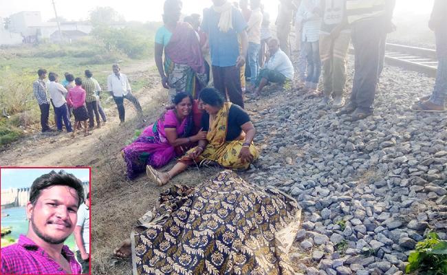 Conflicts Between Friends And Murdered For Women in Guntur - Sakshi