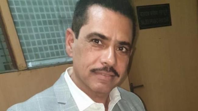 Vadra Says He doesnt Own Properties In London - Sakshi