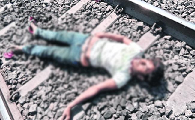 Grandson Commits Suicide After Grandfather Death in Anantapur - Sakshi