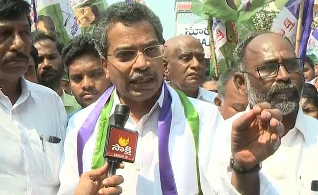 YSRCP Leader Vasantha Krishna Prasad Fires On Devineni Uma - Sakshi