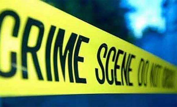 Delhi Police Says Man Stabbed To Death In Front Of Wife - Sakshi