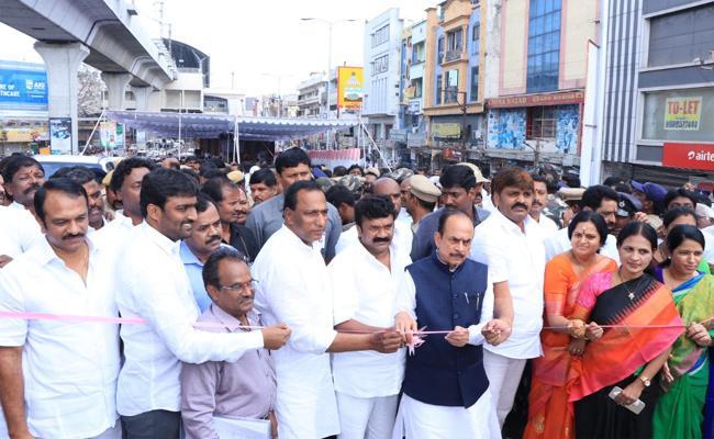 Telangana Ministers Inaugurates LB Nagar Flyover - Sakshi