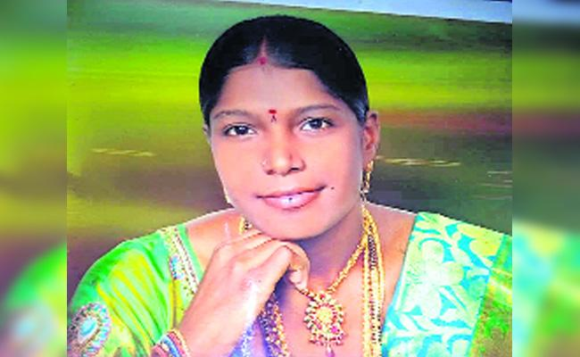 Husband Killed Wife in Kurnool - Sakshi