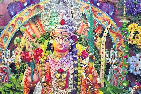 The devotees in Sundays will smile like the festival - Sakshi