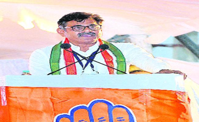 Konda Vishweshwar Reddy Said In Lok Sabha Election We fight With Any Party - Sakshi