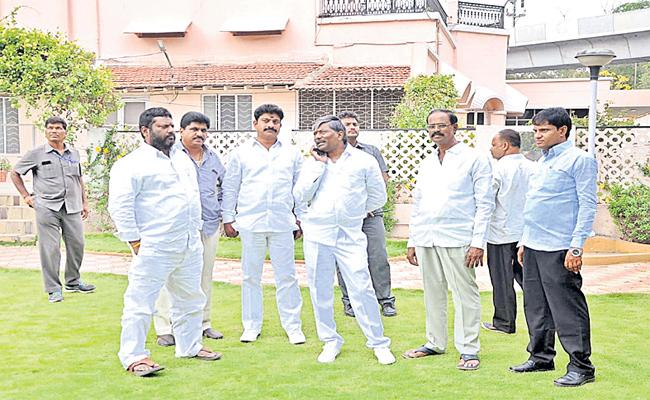 RTC Bhavan In Deputy Speaker Camp Office - Sakshi