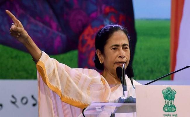 Mamata Banerjee Says Her Party Have 41 Per Cent Women Candidates For Lok Sabha Poll - Sakshi