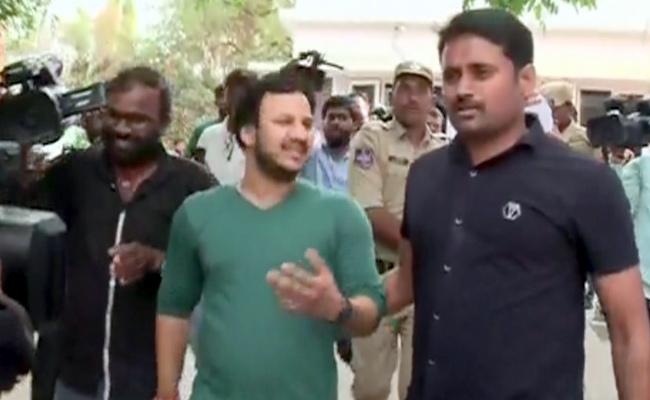 Jayaram Murder Case Accused Produced Before Media By Hyderabad Police - Sakshi