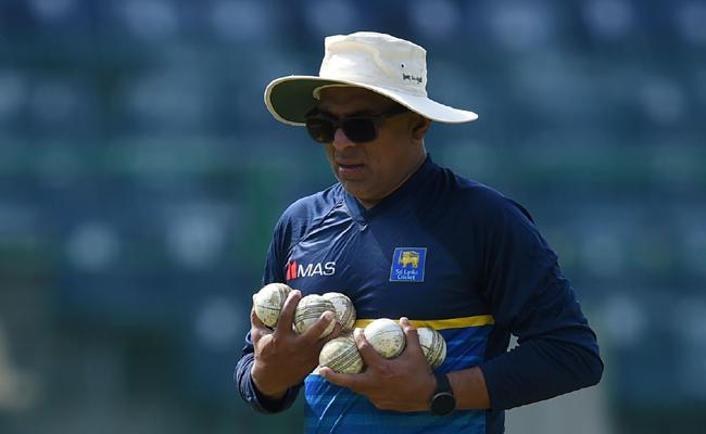 Sri Lanka Cricket asks head coach to return home from South Africa - Sakshi