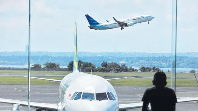 Air fares rise over 100% as airlines face disruption in flight operations - Sakshi