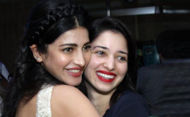 Shruti Haasan Says She Would Marry Tamannaah Bhatia If She Were A Man - Sakshi