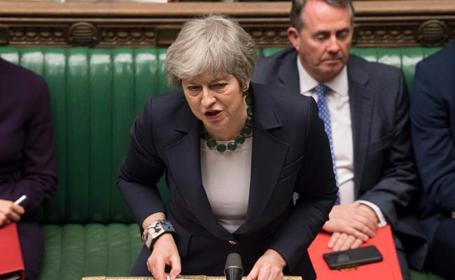 UK House of Commons rejects no-deal Brexit - Sakshi