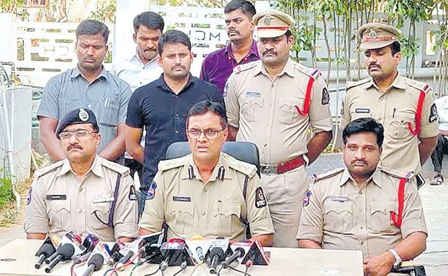 Actor among 3 more arrested in NRI chigurupati jayaram murder case - Sakshi