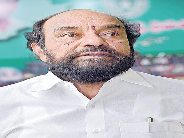 Give 50percent Tickets to BCs says Krishnaiah - Sakshi