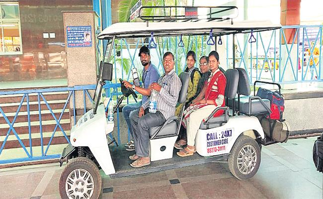 Battery Cars in Secunderabad Railway Station - Sakshi
