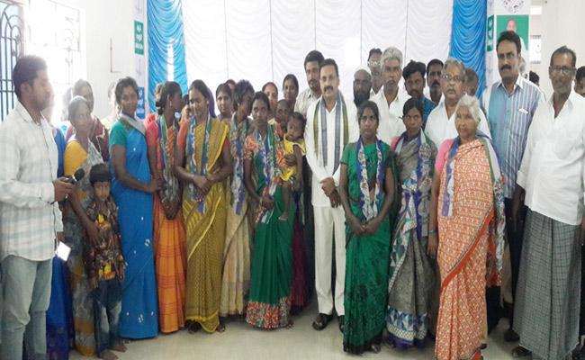 YSRCP MLA Candidate Kakani Goverdhan Reddy Election Campaign - Sakshi