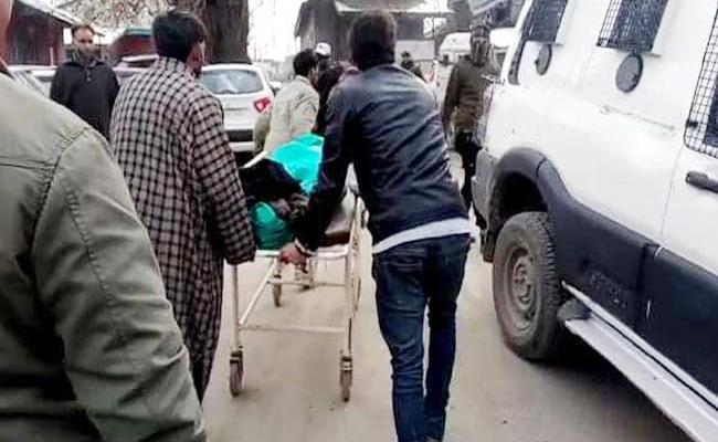 JK Special Police Officer Shot Dead By Terrorists Outside Her House - Sakshi