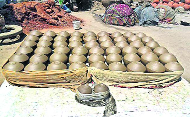 Pot Creating Employment For Pottery's - Sakshi