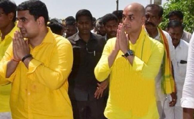 We Should Defeat nara lokesh, Galla Jayadev, says RK, Modugula - Sakshi