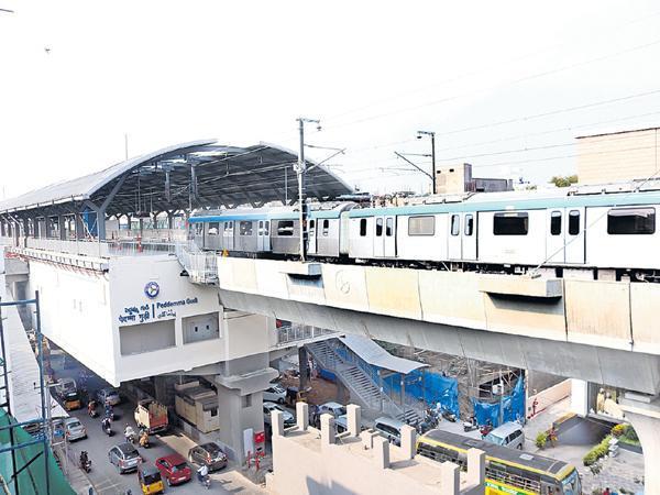 Green signal to high tech city metro - Sakshi