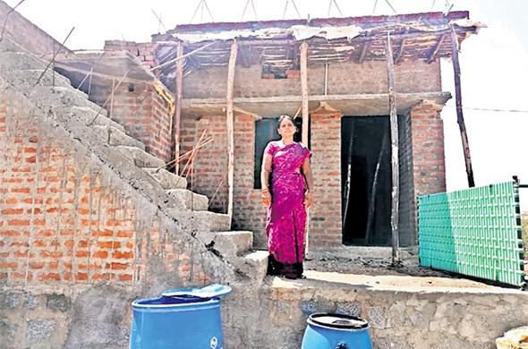 Where NTR Housing Scheme Bills Are Not Properly Issued - Sakshi