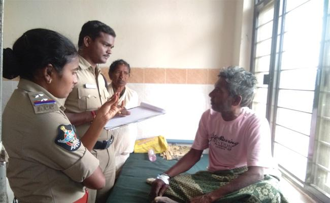 Sons Attack on Father For Assets Srikakulam - Sakshi