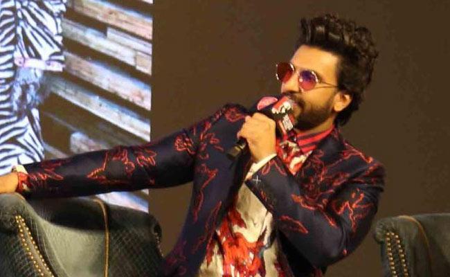 Ranveer Singh About Deepika Padukone - Sakshi