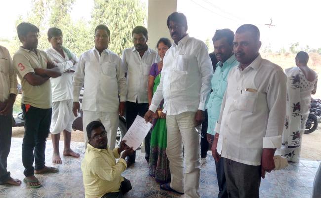16 MP Seats Win Talks About Dubbaka MLA Solipeta Ramalinga Reddy - Sakshi