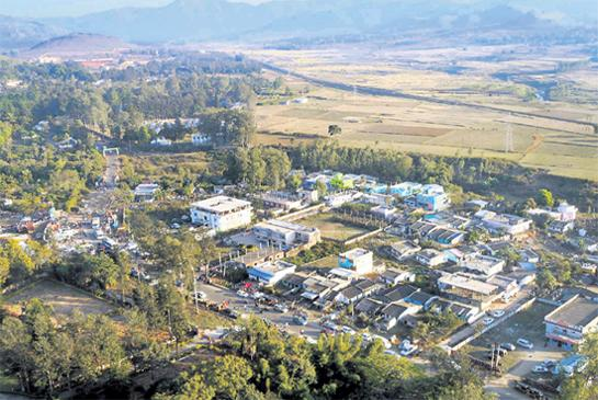 One of The Tourist Destinations in The Country is Araku Vishaka Entering The Country And Foreign Tourists - Sakshi