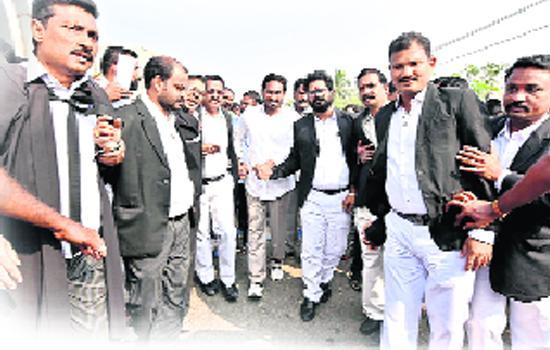 Jagan will help the lawyers - Sakshi