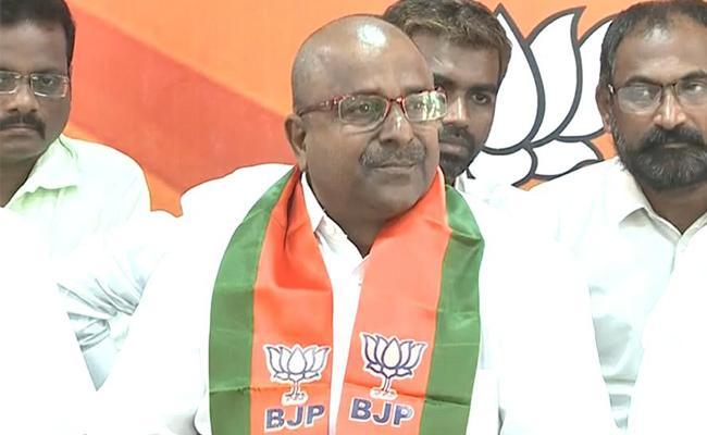 Bitter Experience To BJP MLC Veerraju - Sakshi