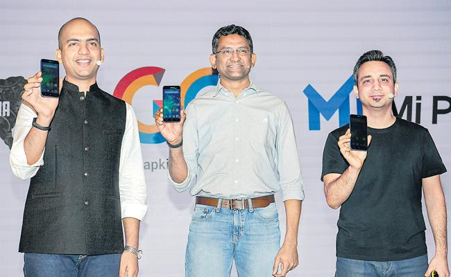 Redmi Go India launch highlights: At Rs 4,499 - Sakshi