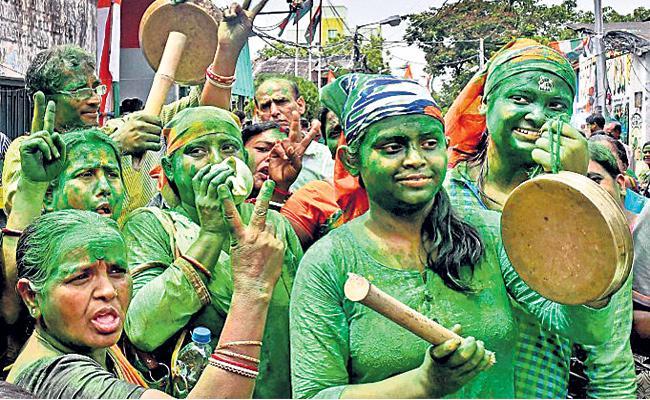 Party Profile Trinamool Congress Mamata Banerjee - Sakshi