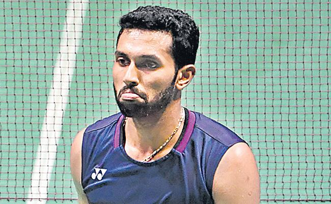 BADMINTON  India loses to Singapore at Asia Mixed Team Championships - Sakshi