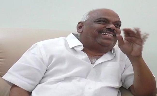 Karnataka Speaker Said I Do Not Sleep With Men Or Anyone - Sakshi